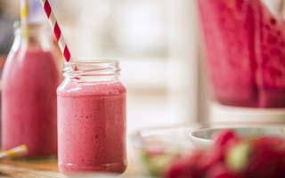 Tiny power berry smoothie