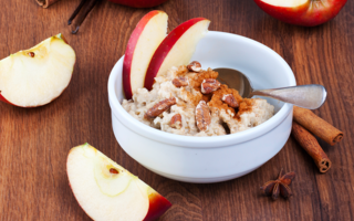 Tiny crockpot apple pie oats